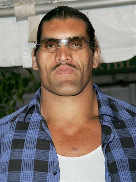 Compare Dalip Singh (The Great Khali) height, weight, body